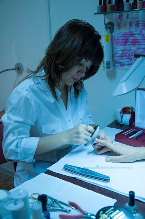 Наращивание ногтей для женщин
